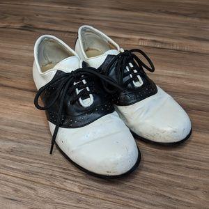 Vintage Saddle Shoes 🌼